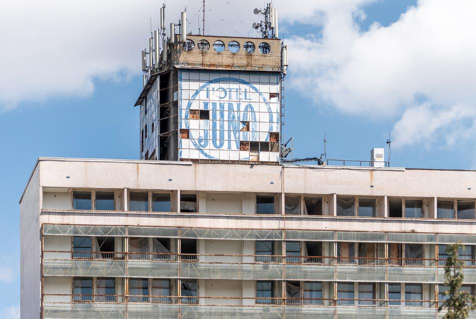 Úgy maradt… a Plesz Antal fő műveként számontartott Juno Hotel