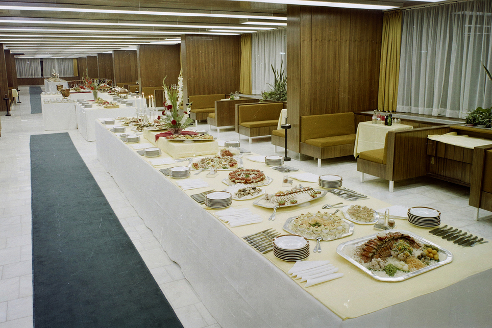 Hotel Juno, Miskolc – étterem – építész: Plesz Antal – fotó: Fortepan / Bauer Sándor, 1974